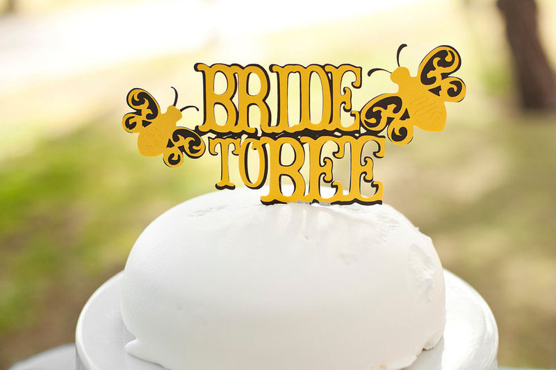 http://s3.amazonaws.com/wedding_prod/photos/955aa9f044f7b20b985bcbac042d8028_m
