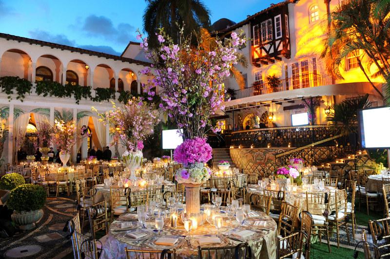 http://s3.amazonaws.com/wedding_prod/photos/adb298a723fddfd62c9a7d6d8162ad73_m